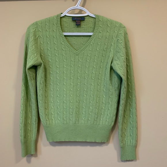 Just Cashmere by Forte V neck cable sweater